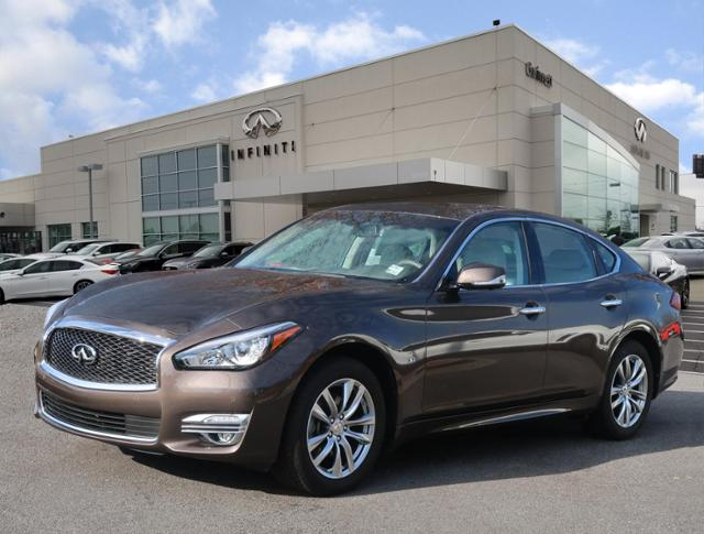 Certified Pre Owned 2018 Infiniti Q70 3 7 Luxe